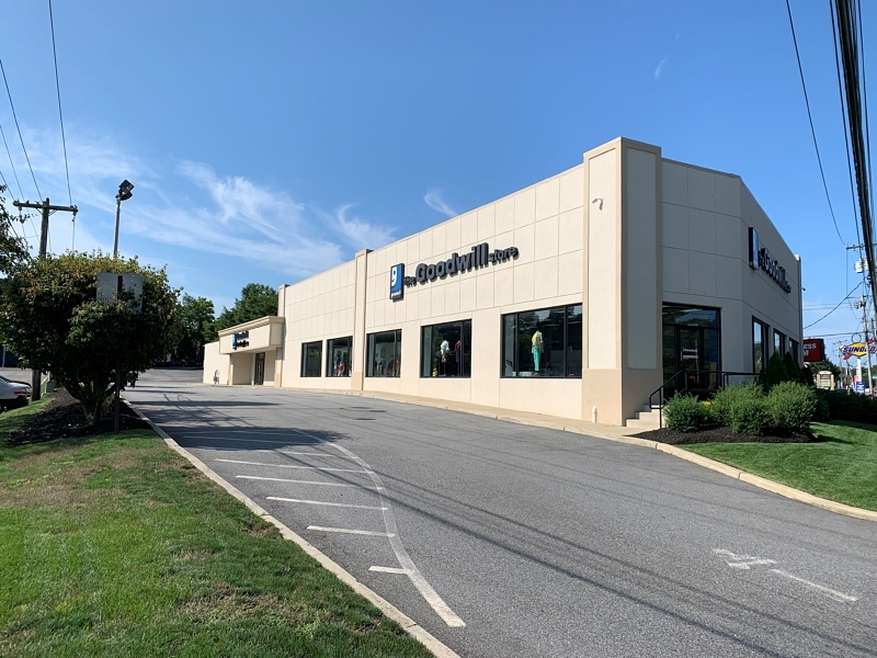 Larcon Realty_Goodwill Store_10074_