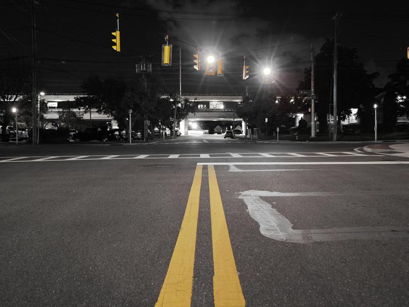 Traffic Signal Design_mult_BW Photo Intersection